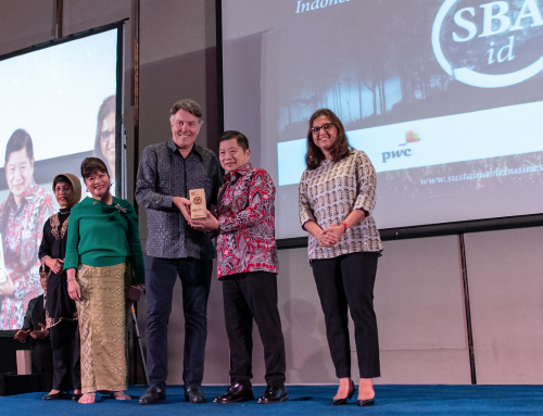 Re>Pal recognised with Global Initiatives Award in Jakarta